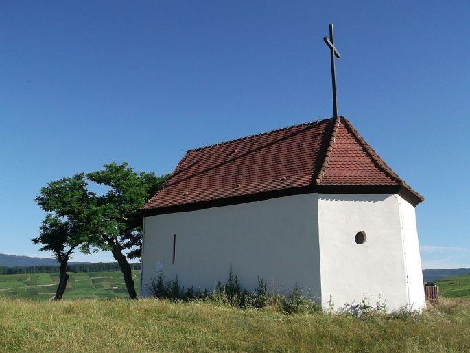 La chapelle des sorcières sur la colline du Bollenberg