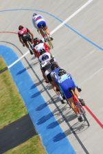 Les vélodromes sont le théâtre de folles courses de vélo, à pleine vitesse!