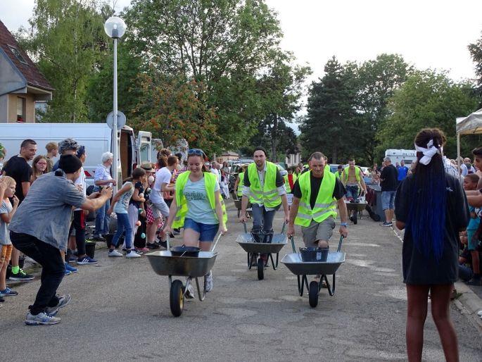 La course de brouette, une tradition à Munster !
