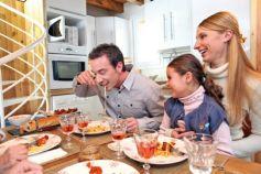 La cuisine est également une pièce à vivre, pour se retrouver en famille