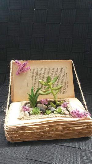 Virginie Solinhac livre ses créations dans des villages alsaciens où il n'y a pas de fleuristes
