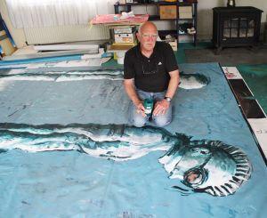 Daniel Dyminski dans son atelier à Reiningue