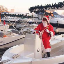 Découvrir Strasbourg sur un bateau électrique à Noël