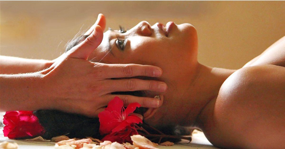 massage californien naturiste Illkirch-Graffenstaden