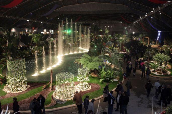 Une vue d\'ensemble des installations florales et spectaculaires de Florissimo Dijon