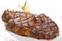 La simple vue d\'un beau morceau de viande grillée suffit à donner l\'appétit à certains !