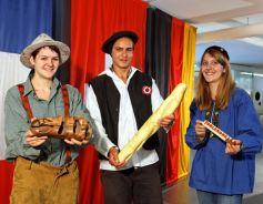 Expo permanente TriRhena : présentation des clichés à travers les costumes typiques aux trois pays