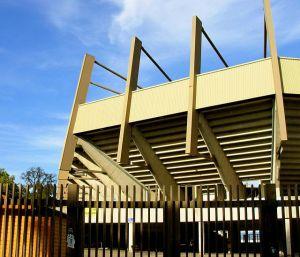 L\'extérieur du Stade de la Meinau, dessiné par l\'architecte François Sauer