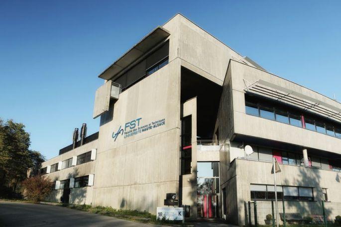 Faculté des Sciences et Techniques (FST)