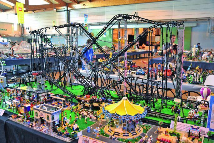 Le thème du parc d\'attractions a séduit petits et grands!