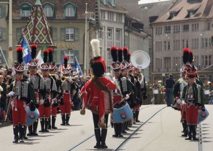 LA Fanfare de Cavalerie des Hussards d\'Altkirch à la grande parade du Tattoo international de Bâle en juillet 2011