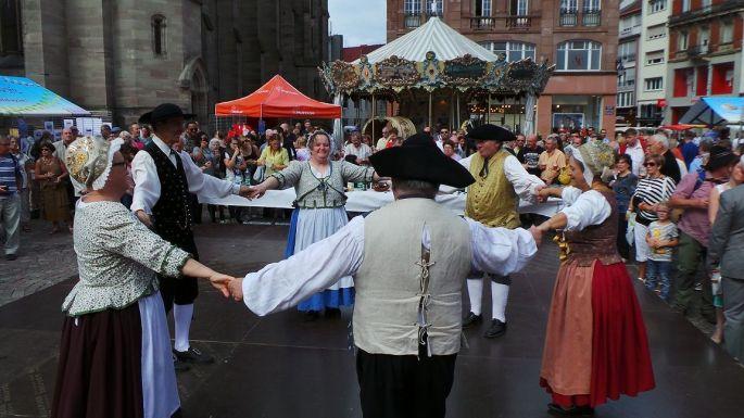 Un véritable petit village alsacien s\'installe à Mulhouse