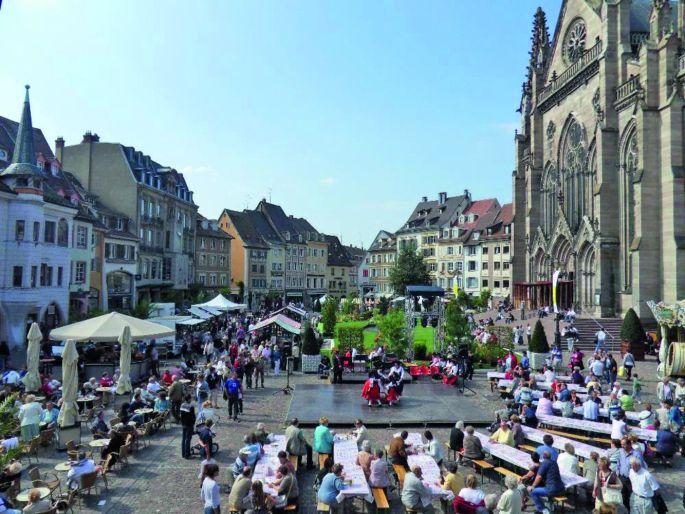 La fête de l\'oignon sur la place de Réunion à Mulhouse