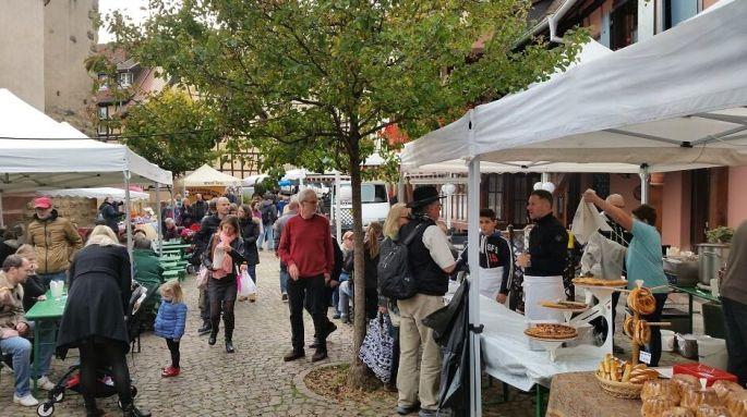 Le marché de la Fête du Champignon à Eguisheim: ses produits du terroir et ses truffes!