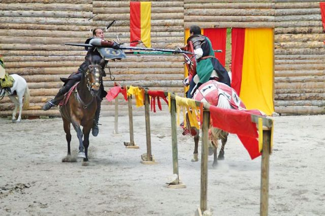 Calendrier Fete Medievale.Ferrette La Medievale 2020 Fete Medievale Programme