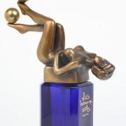 Flacons de parfum - écrins des fragrances irrésistibles / Collection Storp – de l'Antiquité jusqu'à nos jours