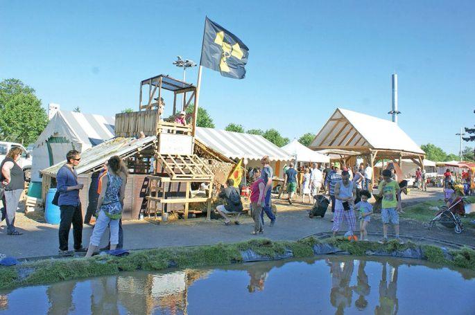 La Foire propose cette année la construction d'une cabane pour Bure, pour abriter chouette et hiboux