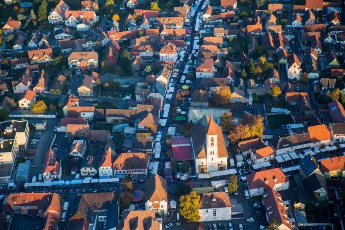 Des stands à perte de vue dans les rues d\'Habsheim