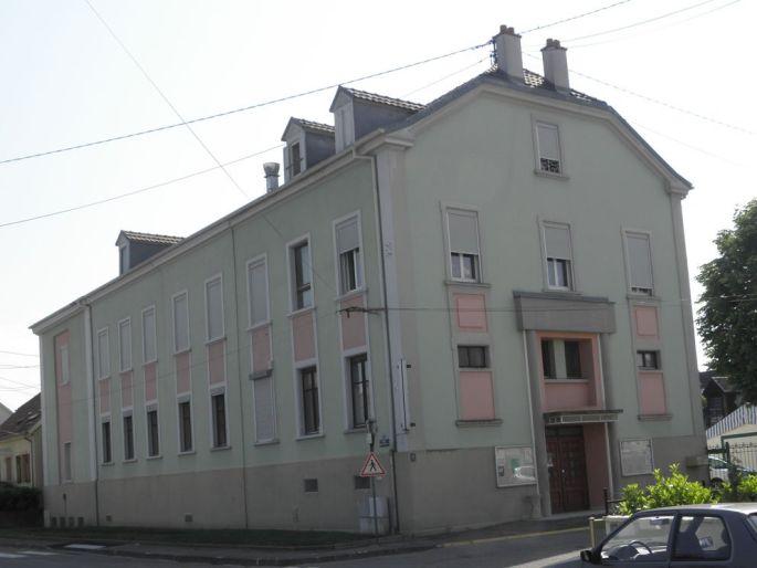 La Salle culturelle de Pfastatt se situe au rez-de chaussé du Foyer Saint-Maurice