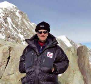 François Matter au sommet du Mont Vinson en Antarctique