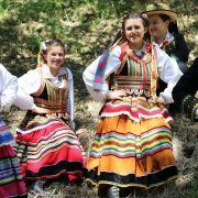 Gala de danses folkoriques