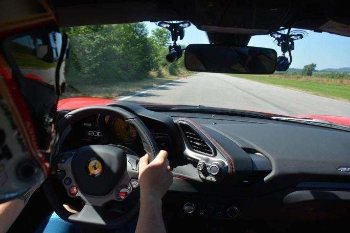 A bord d\'une Ferrari 488 !