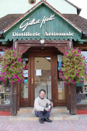 Gilbert Holl peut être fier de sa bière 100% alsacienne