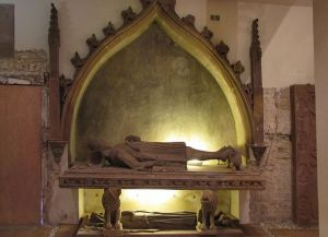 https://www.jds.fr/medias/image/gisant-tombeau-comtes-de-werd-st-guillaume-stras-14057