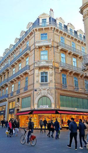 Les rues du centre-ville accueillent la Grande Braderie de Toulouse