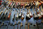 Les magasins de musique pourront vous conseiller sur l\'instrument le plus adapté à votre jeu et niveau