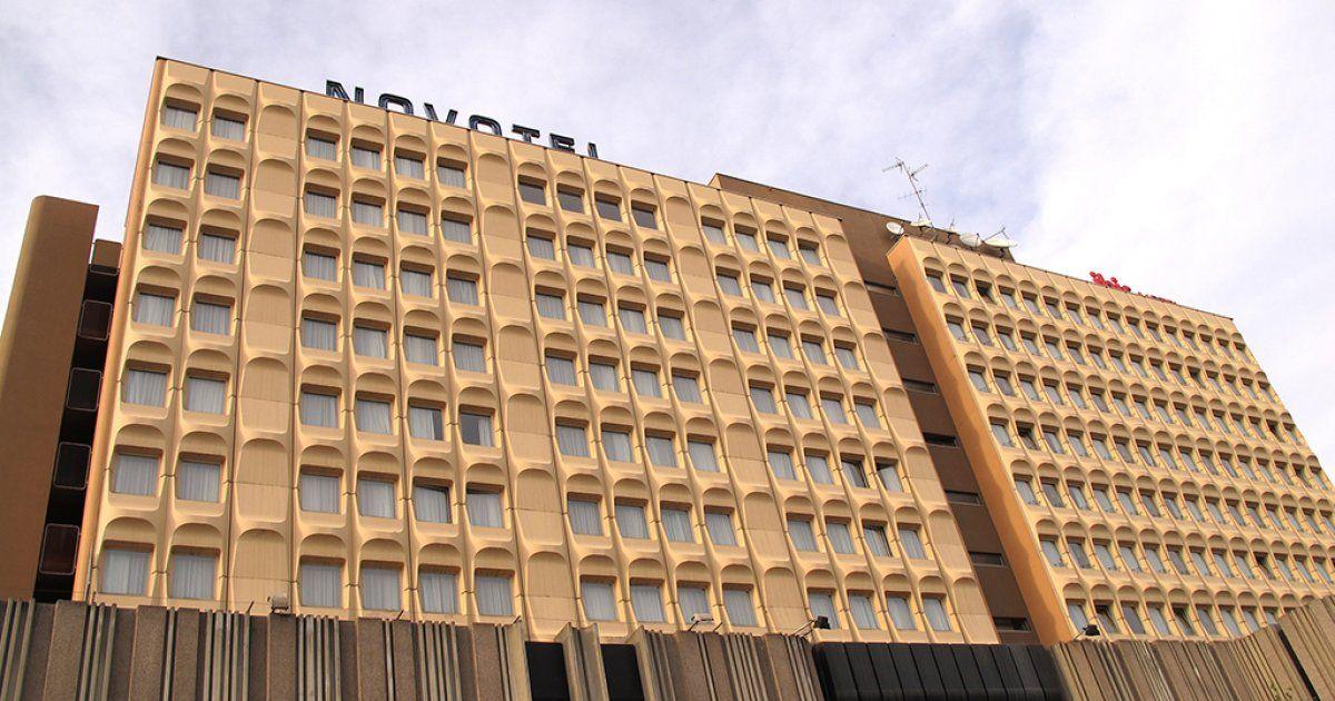 9a57a8cf20b75 Centre commercial Place des Halles