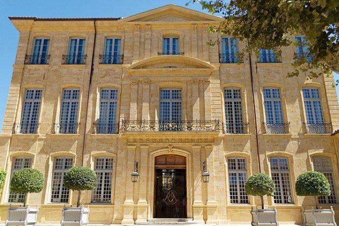 L\'hôtel de Caumont à Aix-en-Provence près de Marseille