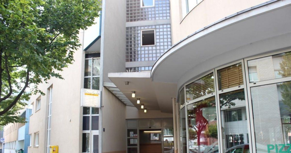 H tel victoria garden mulhouse h tel 2 toiles for Hotels 2 etoiles