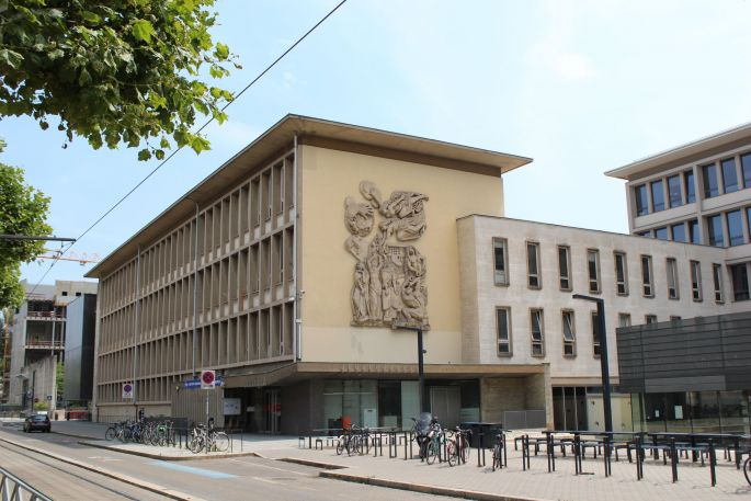 Le bâtiment de l\'INSA, boulevard de la Victoire à Strasbourg