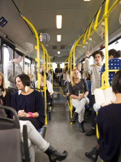 Pratique et économique, le bus est un des transports en commun les plus utilisés