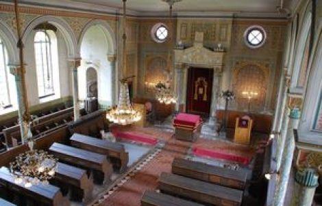 Intérieur de la synagogue de Benfeld du XIXe siècle