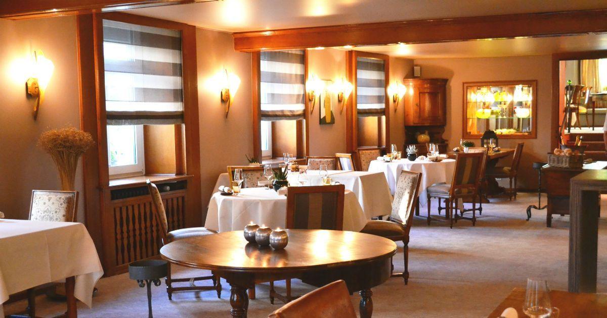 Interieur du restaurant la poste kieny riedisheim 33861 - Restaurant la table de l ill illkirch ...
