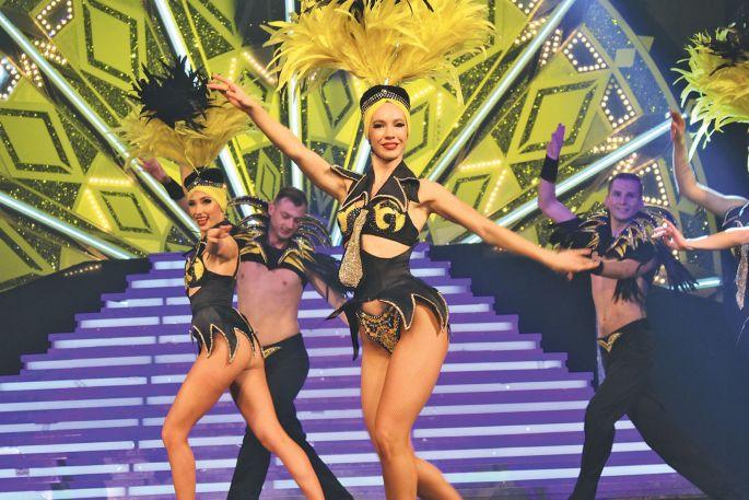 Etre danseuse de music-hall demande de la rigueur constante !