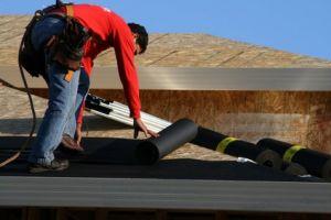 Faire entretenir votre toit et son isolation vous apportera confort et économies