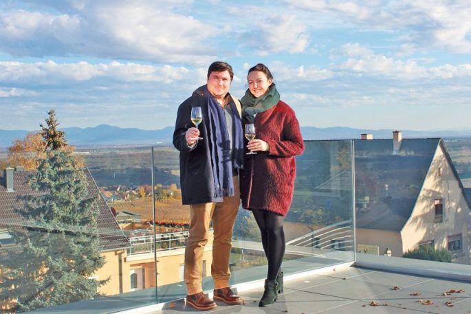 Jacques et Anaïs Cattin, sur la terrasse du Belvédère