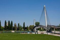 Le Jardin des Deux RIves permet d\'aller se balader en Allemagne, même quelques minutes