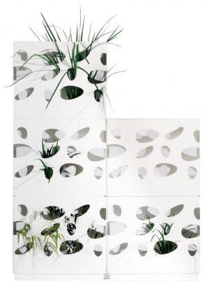 <p><strong>Garden Wall</strong> : Vitéo. Designer Gordon Tait.<br /> Prix indicatif: 106€ le bac.</p>