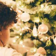 Tuto : je décore le sapin de Noël avec mes enfants