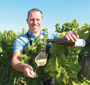 Jérôme Meyer, 32 ans, passionné par l\'art de faire du bon vin