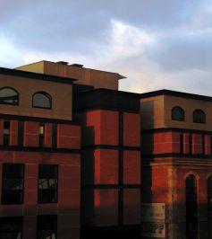 L\'Ecole de Management de Strasbourg se situe dans le bâtiment du PEGE au 61 avenue de la Forêt Noire