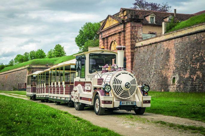Le petit train pour faire le tour de Neuf-Brisahc