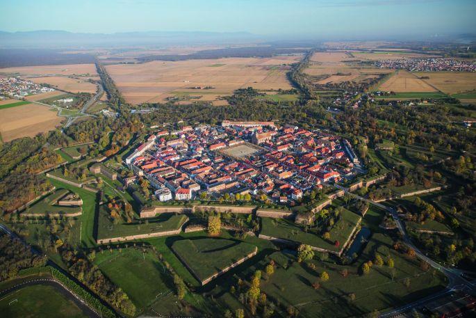 La ville de Neuf Brisach vue d\'en haut
