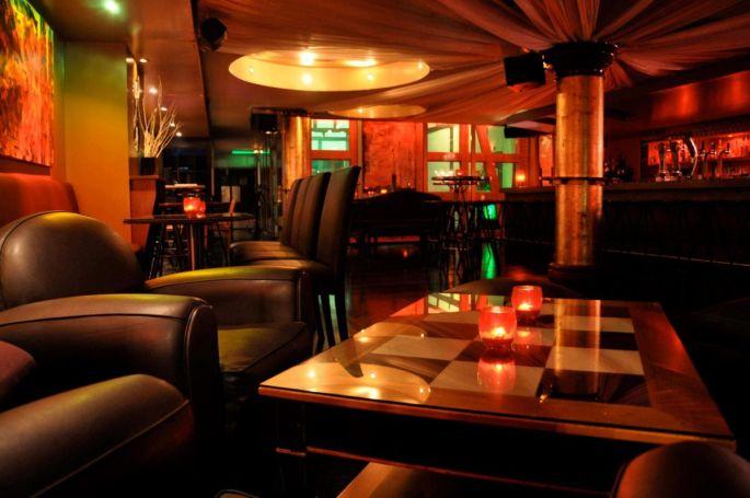 L\'intérieur du Bar La Passerelle à Strasbourg