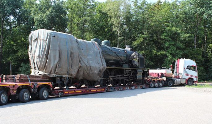 Un transporteur de près de 30 mètres pour madame de fer