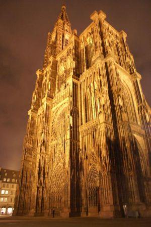 La cathédrale de Strasbourg by night